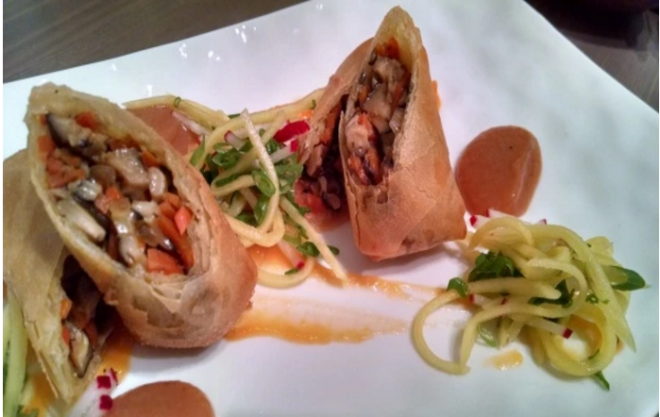 Oxtail-Shitake and carrot lumpia with green mango slaw